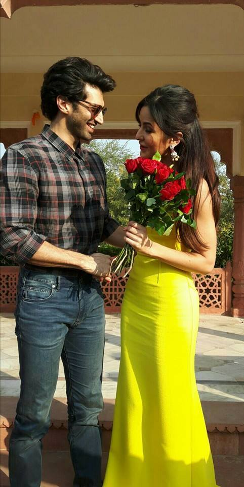 Adiya Kapoor & katrina kaif Rose day celebrate