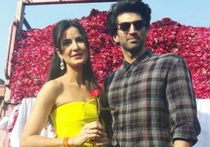 Adiya Kapoor & katrina kaif Rose day celebrate