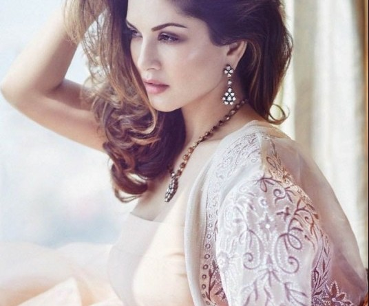 sunny leone harper bazar magazine photoshoot march 2016