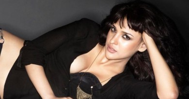 aisha sharma hot photos