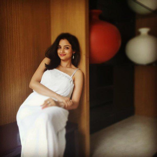 Madirakshi Mundle age pics3