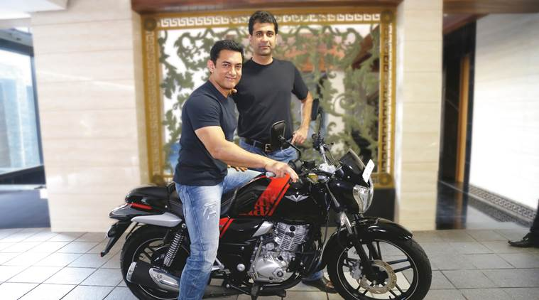 aamir-khan-buys-his-new-bike-759