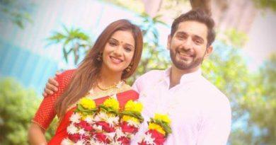 Finally Raja Siddhant Karnick Married His Rani!