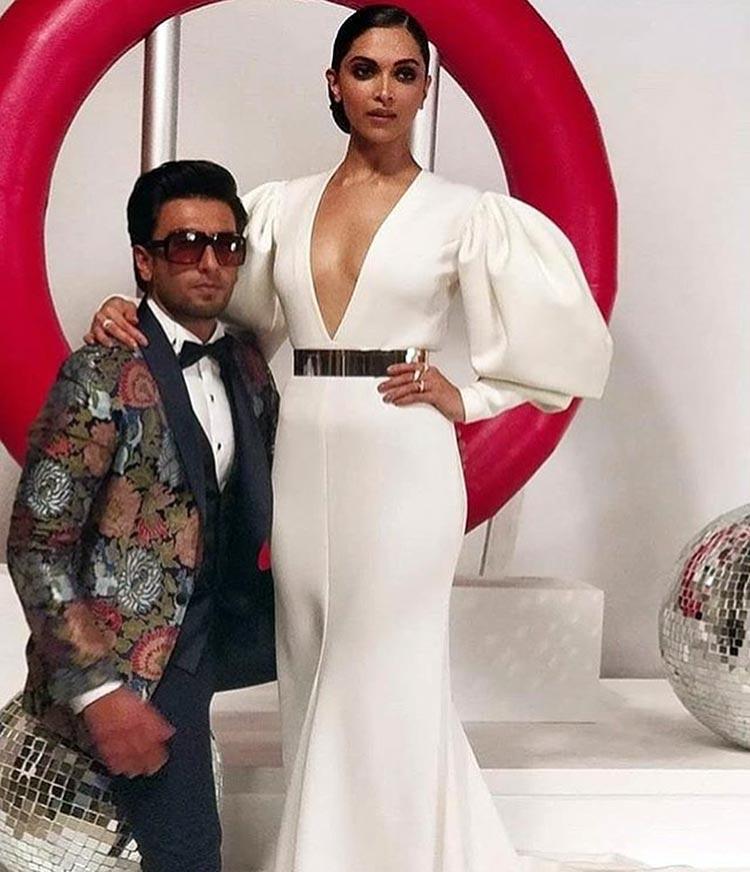 Ranveer-Singh-and-Deepika-Padukone-pics