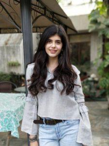 Sanjana Sanghi wiki bio age boyfriend family movie