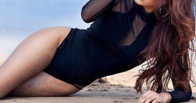 sonakshi singh rawat bikini photos
