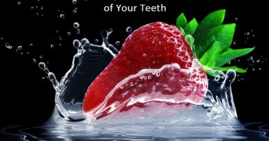 5 Fruits That Help to Improve Whiteness of Your Teeth